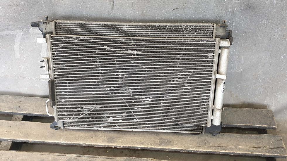 Hyundai Tucson 3 (TL) Радиатор основной + кондиционера Б/У Оригинал