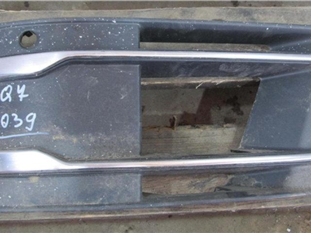 Audi Q7 Накладка птф левая целая Б/У Оригинал