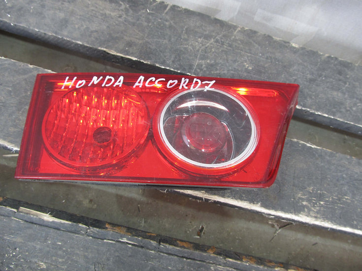 Honda Accord 7 (CL) Фонарь задний левый внутренний Б/у Оригинал