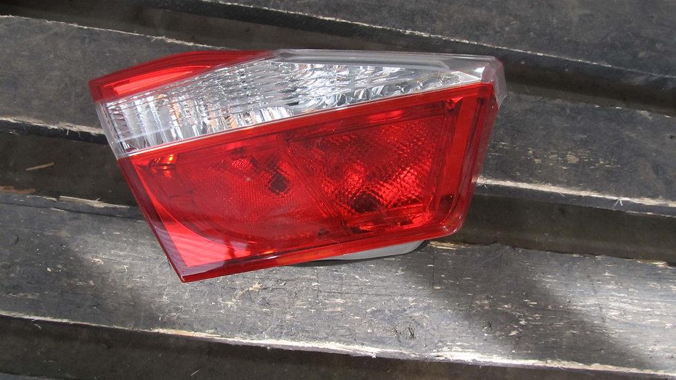 Toyota Camry (XV50) 11-14 Фонарь задний левый внутренний Б/у Оригинал
