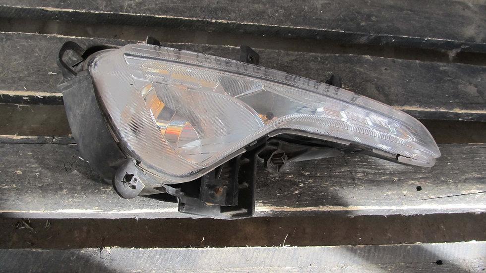 Kia Sportage 3 (SL) ПТФ передняя правая  Б/у Оригинал