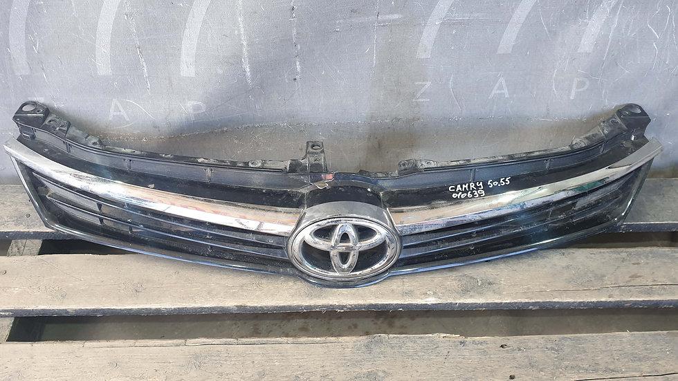Toyota Camry xv50 (14-17) Решетка радиатора Б/у Оригинал