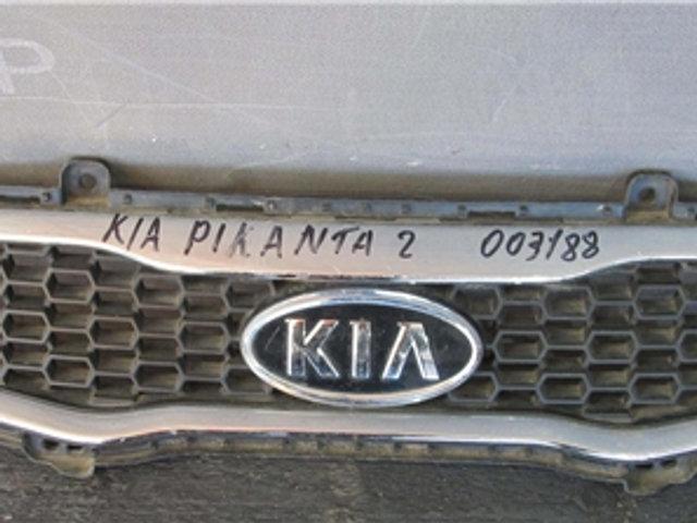 Kia  Picanto 2 (TA) Решетка радиатора Б/у Оригинал