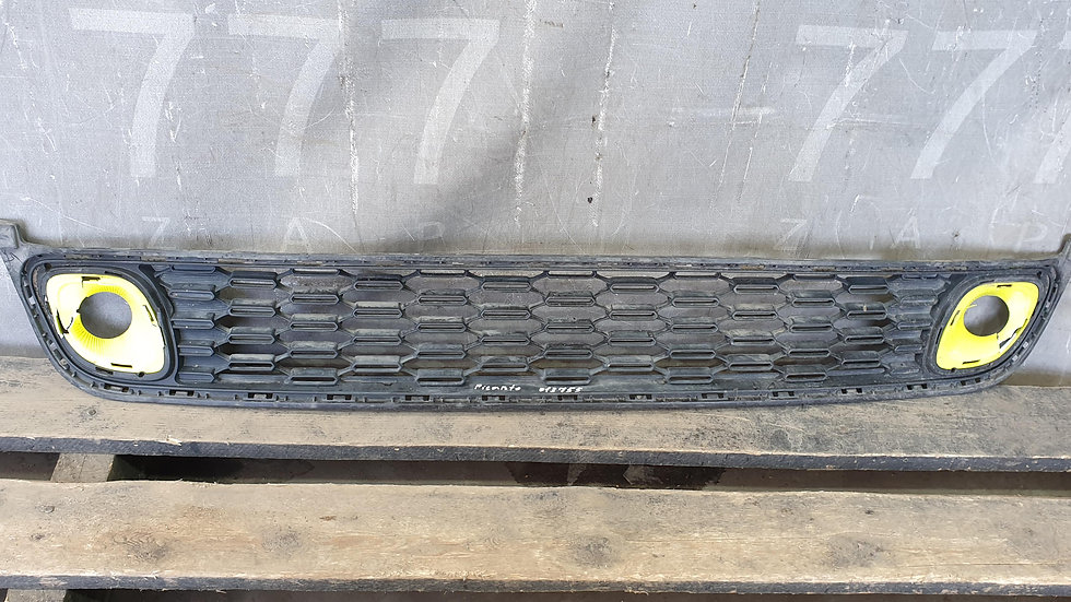 Решетка переднего бампера Kia Picanto 3 (JA) 17-  Б/У Оригинал