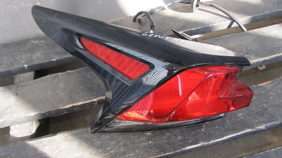 Lexus NX (14-17) Фонарь задний левый внешний Б/у Оригинал