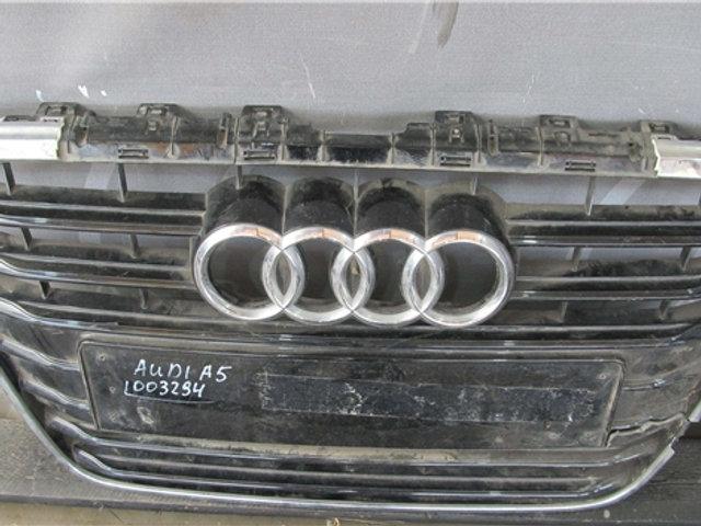 Audi A6 (C7) 11-14 Решетка радиатора  Б/у Оригинал