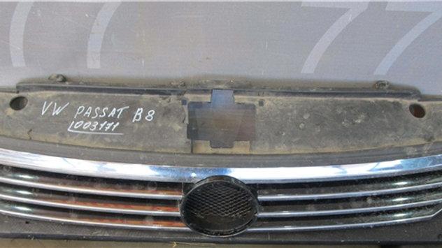 Volkswagen Passat B8 Решетка радиатора  Б/у Оригинал
