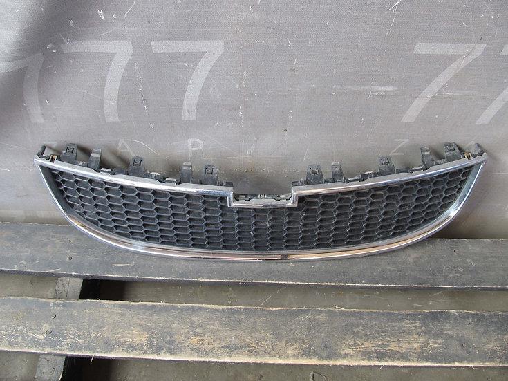 Chevrolet Orlando (J309) 11-15г Решетка радиатора Б/у Оригинал