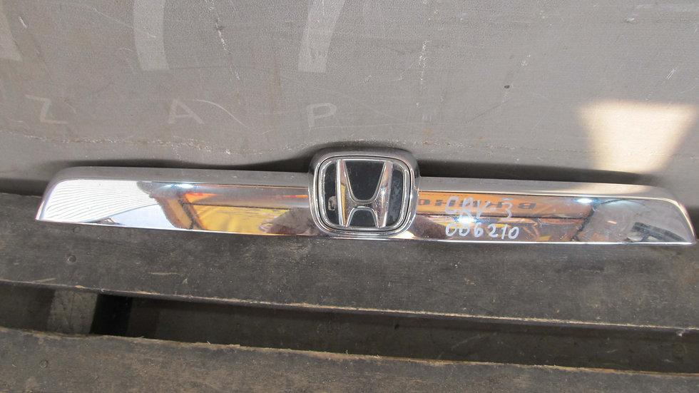 Honda CR-V 3 (07-12) Накладка задняя багажника  Б/у Оригинал