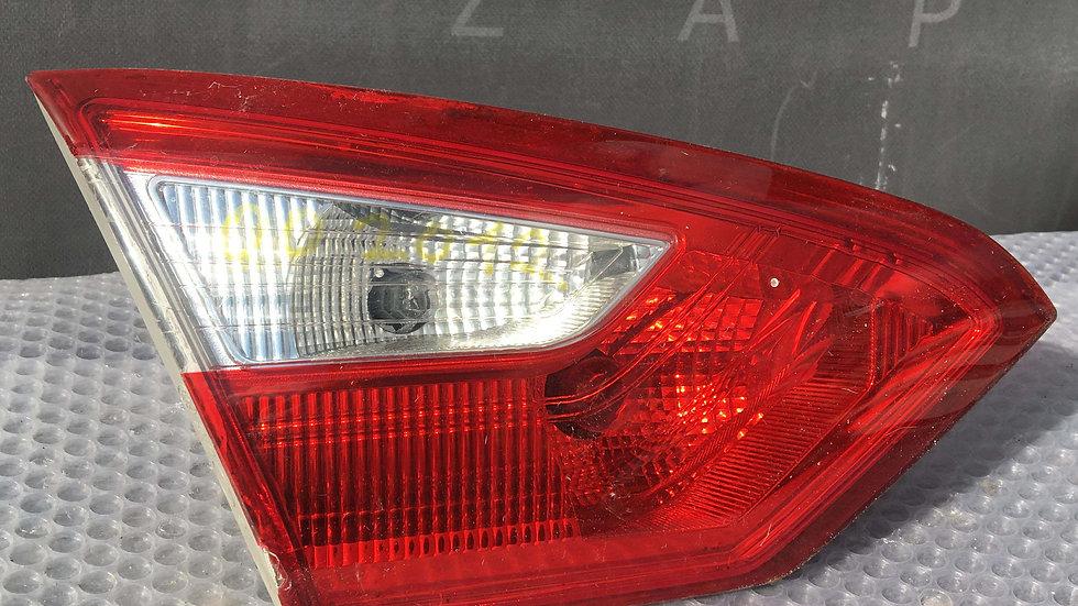 Ford Focus 3 (11-15г) Фонарь задний левый внутренний Б/у Оригинал