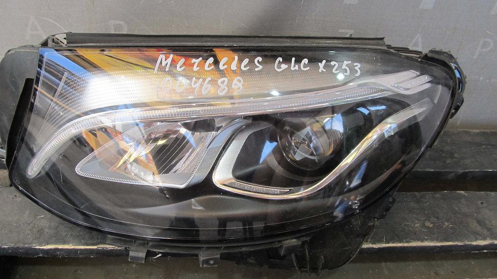 Mercedes GLC (X253) Фара левая LED Б/у Оригинал