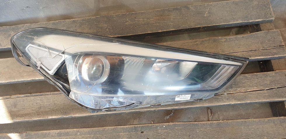 Hyundai Tucson 3 (15-18) Фара правая Б/У Оригинал
