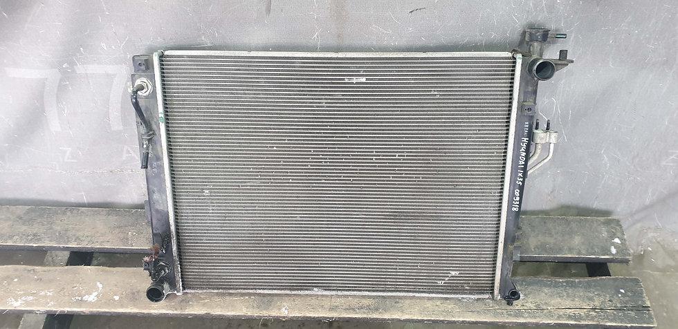Hyundai ix35 (LM) Радиатор основной + кондиционера Б/у Оригинал