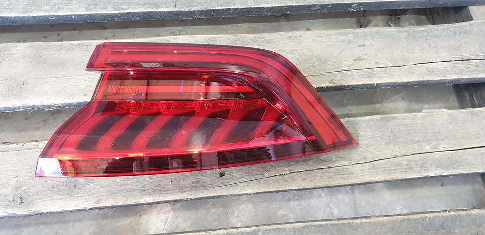 Audi Q8 Фонарь задний левый LED Б/у Оригинал