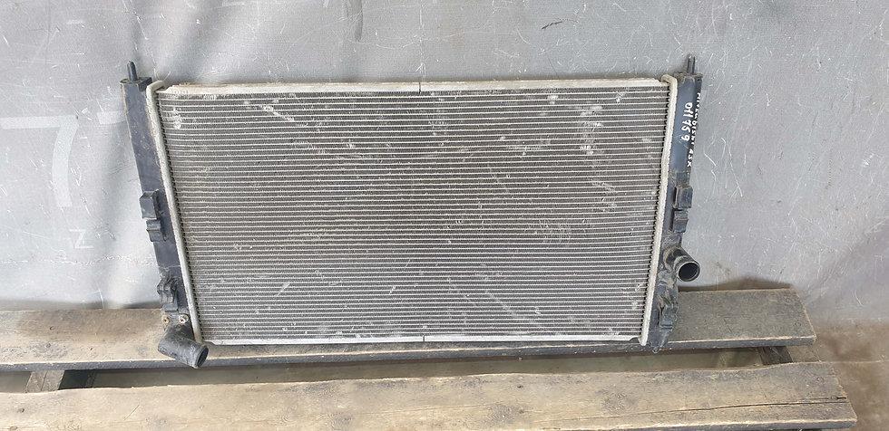 Mitsubishi ASX Радиатор основной + кондиционера Б/У Оригинал