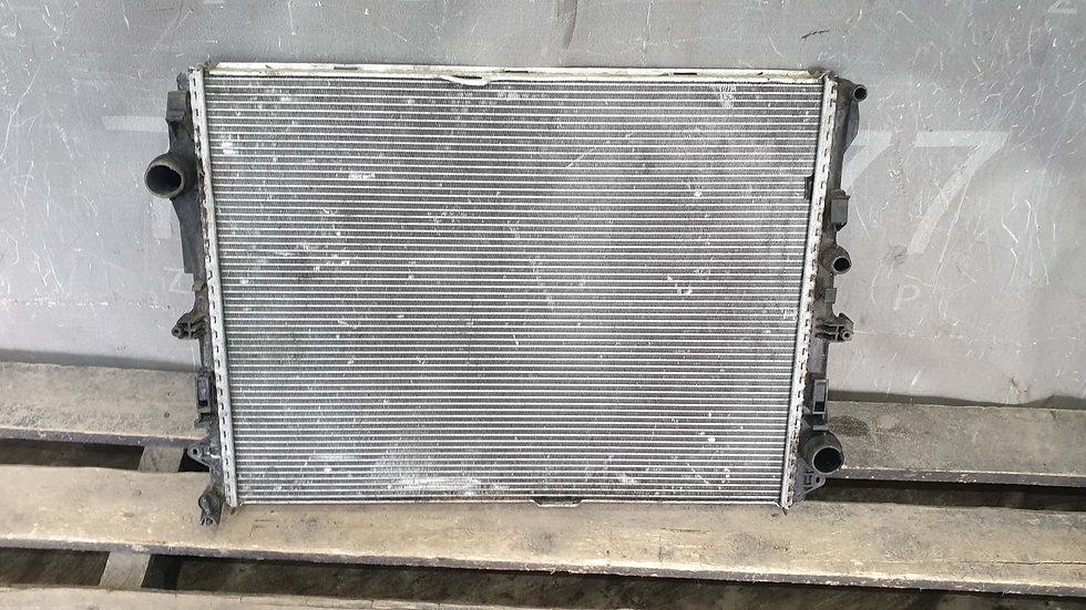 Mercedes S (W222) Радиатор (основной) Б/У Оригинал