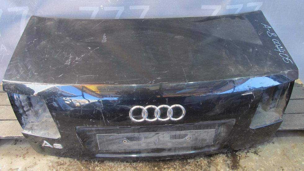 Audi A8 (D3) Крышка багажника  Б/у Оригинал