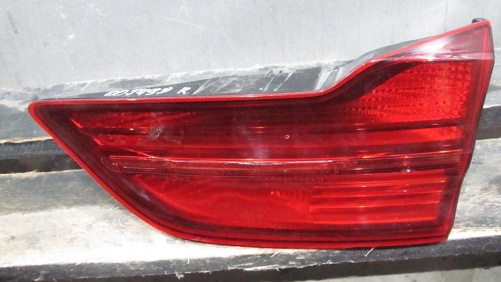 Kia  Ceed 3 (CD SW) 18- Фонарь задний правый внутренний LED Б/у Оригинал