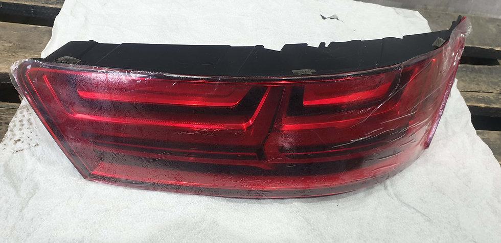 Audi Q7 2 4M 15-  Фонарь задний правый внешний LED Новое Оригинал