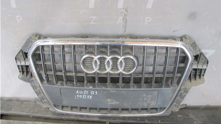 Audi Q3 1 (8U) Решетка радиатора  Б/у Оригинал