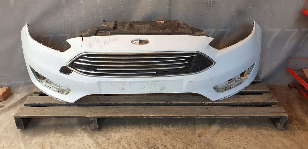 Ford Focus 3 (14-19) Бампер передний Б/У Оригинал