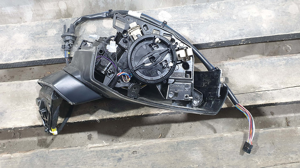 Audi Q7 2 (4M) Зеркало правое Б/у Оригинал