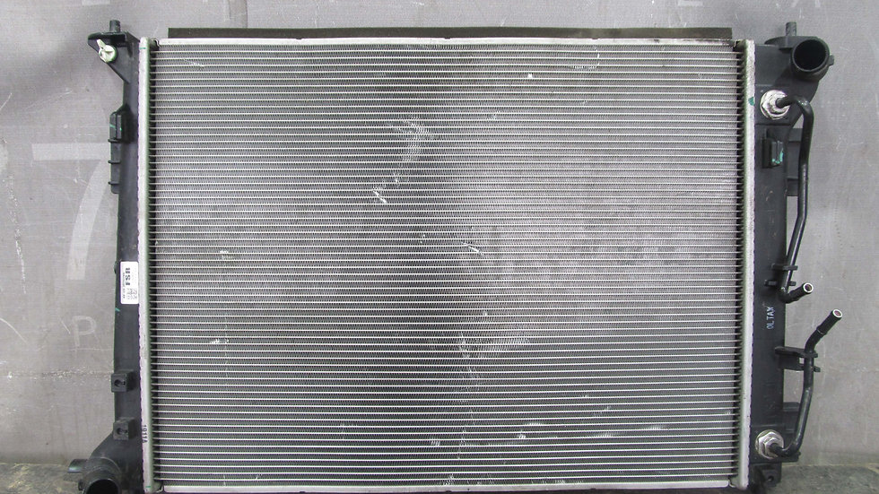 Kia Sportage 3 (SL) Радиатор охлаждения ДВС Б/у Оригинал