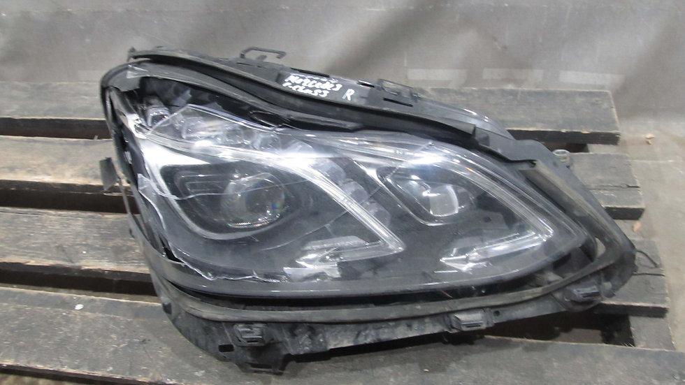 Mercedes E (W212) 13-15 Фара правая Б/у Оригинал