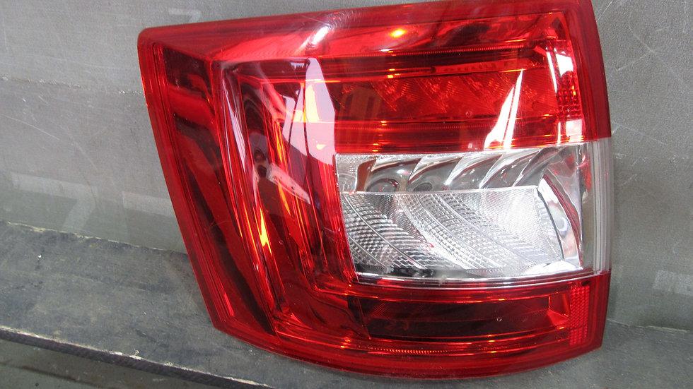 Skoda Octavia A7 Wagon Фонарь левый LED целый