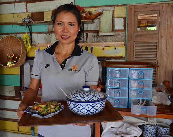 Thai food is healthy.