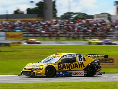 Rafael Suzuki tem grande domingo com 10º e 6º lugar em Curitiba
