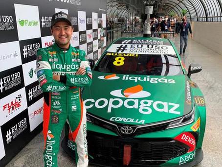 Com Stock Car exposto, Rafael Suzuki prestigia Grupo Fagron no Congresso Consulfarma 2021
