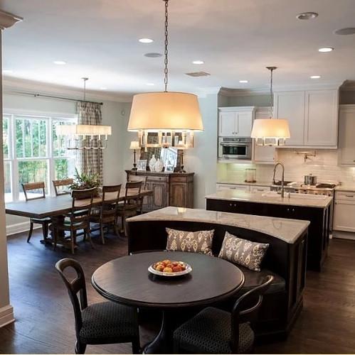 Interior Design Firm Tampa | Crespo Design Group | Blog 4-15-17 Banquettes 1