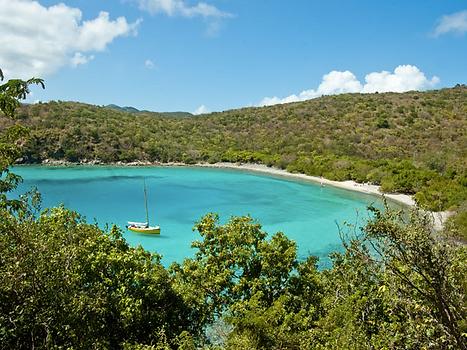 St John - Haulover Bay ( South) - Yacht