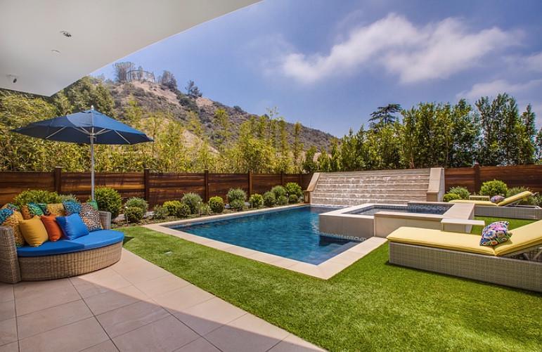 Tampa Interior Designer | Crespo Design Group | Interior Design Blog | 9-4-17 Stylish Outdoor Spaces 1