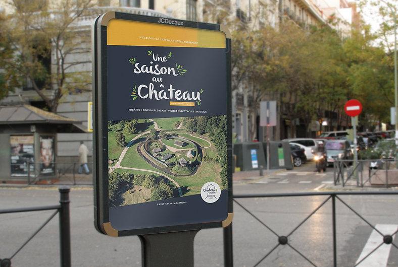 Château à Motte, tourisme, édition, mise en page, graphisme, communication, design by la Fabrique Rouge, Angers, Maine et Loire, identité
