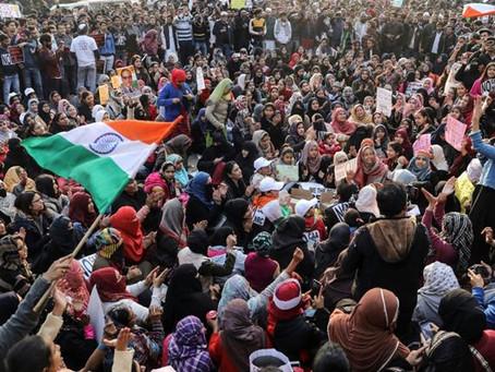 """مشروع قانون تعديل المواطنة: شرح قانون """"معاداة المسلمين"""" الجديد في الهند ورد الفعل العالمي"""
