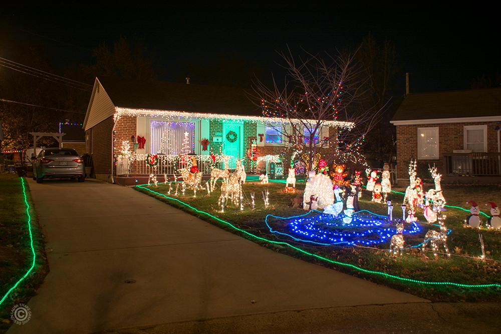 Christmas lights on a house near me.