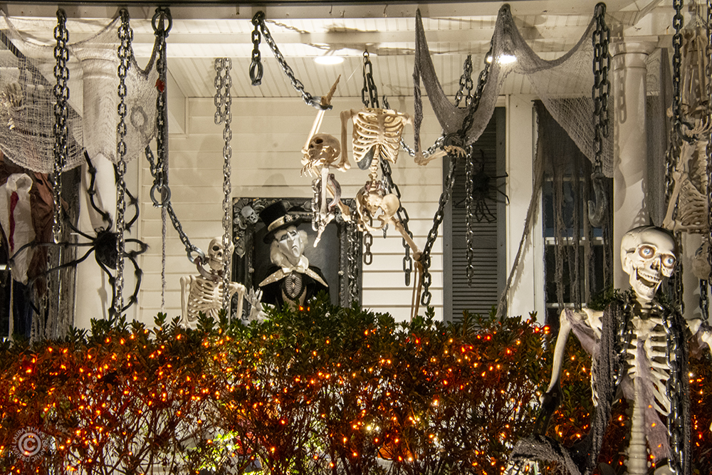 Halloween skeletons and chains.