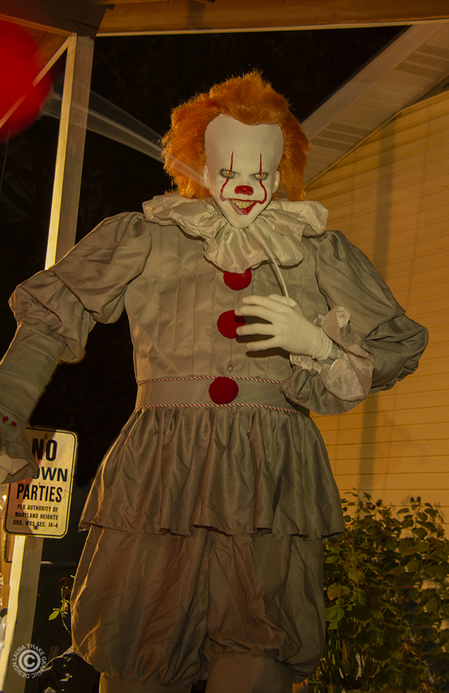IT the clown, Halloween decoration that will scare you.