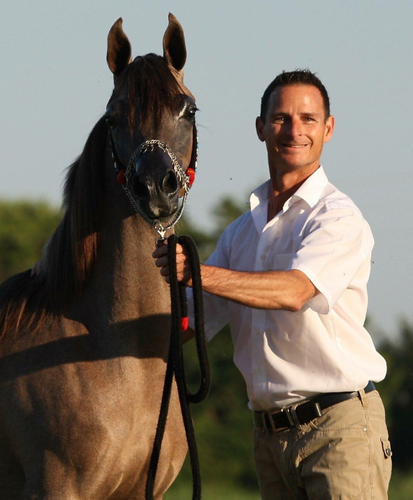 Scott Allman Arabian announces it's free winter show training and conditioning program. Take advantage of this unique opportunity. Have your show horses trained and conditioned by Scott Allman and team during the Winter months for the show season 2017 From December 1, 2016 to February 28, 2017 absolutely FREE.  Contact Scott Allman Arabians for details.  Mobile Scott 033684381947 for English and German Mobile Flavie 0033632149397 for French We're looking forward to hearing from you .