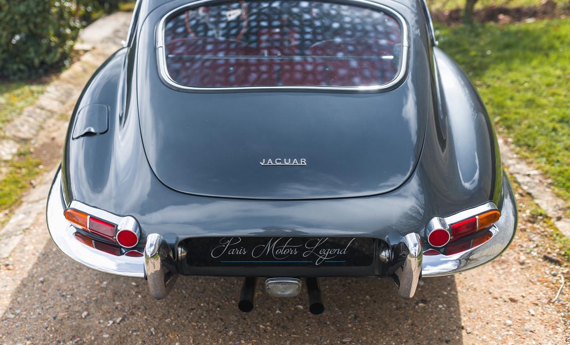 Jaguar Type E Serie I Coupe (24).jpg