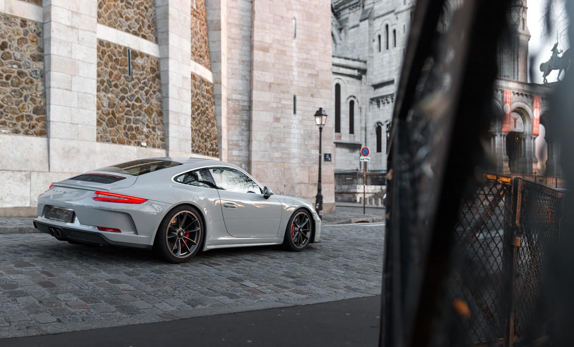 Porsche 911 GT3 Touring (20).jpg