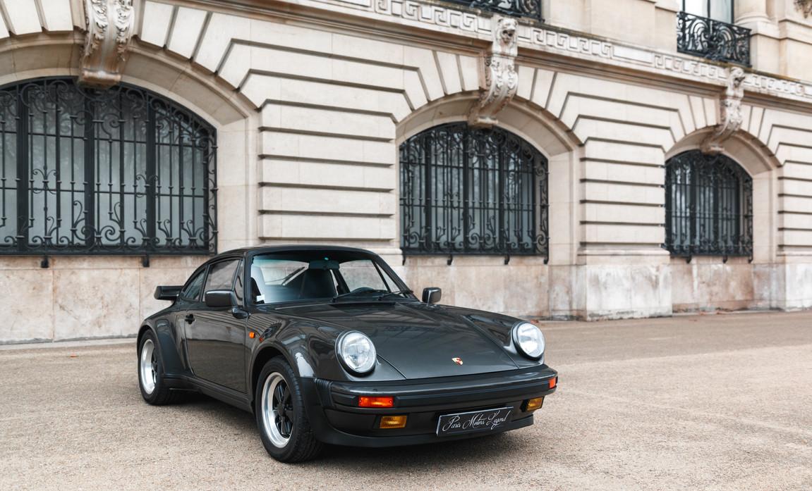 1986 Porsche 930 3.3 Turbo47.jpg