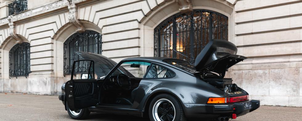1986 Porsche 930 3.3 Turbo112.jpg