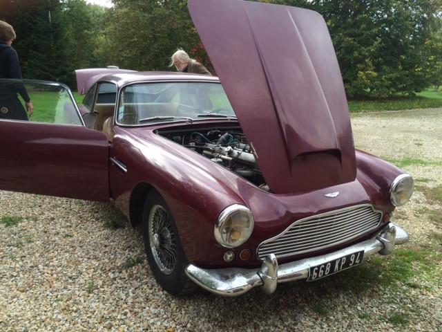 Aston Martin DB4 Serie 2 Bdx21.jpg