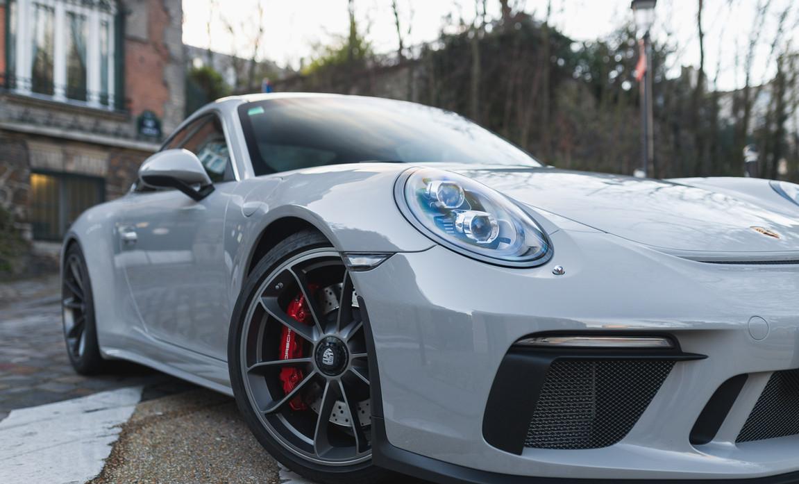 Porsche 911 GT3 Touring (25).jpg
