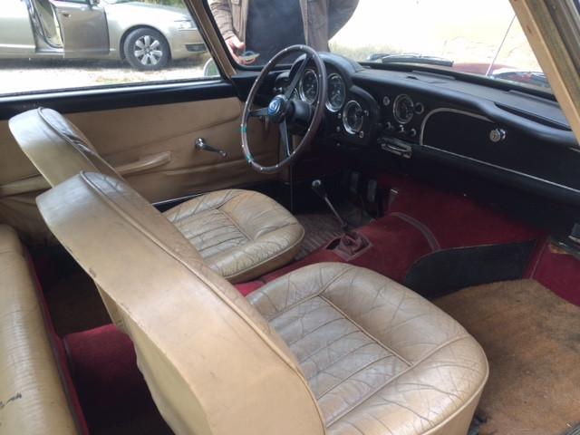 Aston Martin DB4 Serie 2 Bdx24.jpg