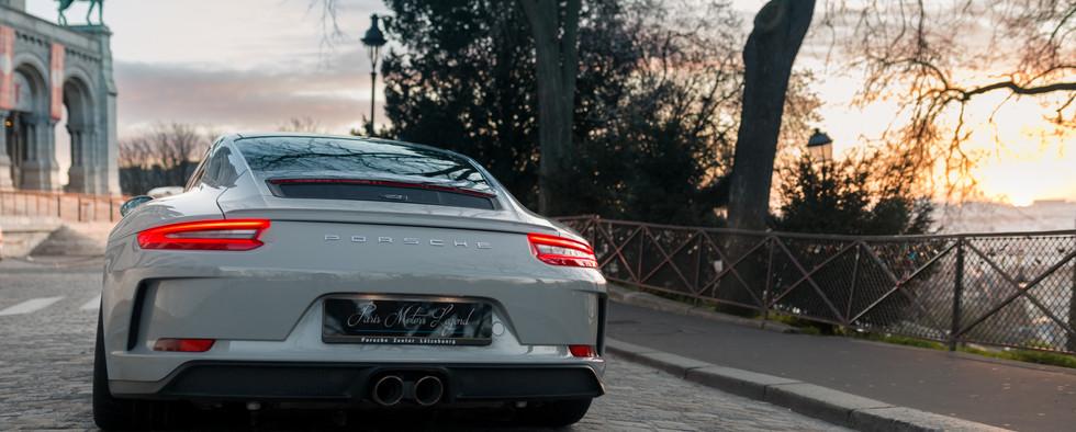 Porsche 911 GT3 Touring (22).jpg