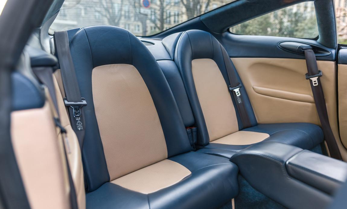 Aston Martin Vanquish S51.jpg